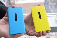 湖蓝色诺基亚 Lumia 920 上手图集