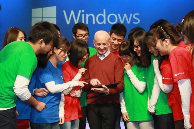 微软因 Sinofsky 搁浅 Windows 7 和 Courier 平板?