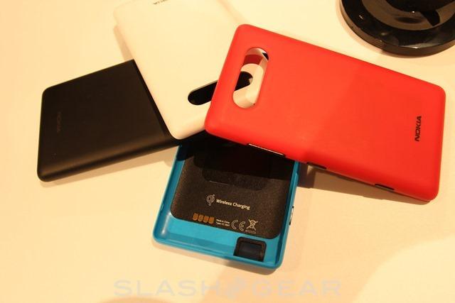 诺基亚官方发布 Lumia 820 外壳 3D 打印文件