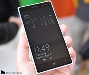 New_Glance_Lumia_830